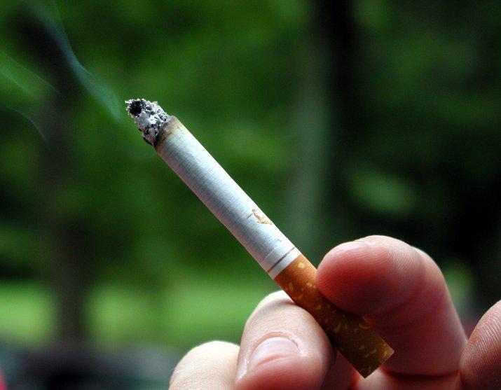 Табачные изделия несовершеннолетним hqd электронные сигареты купить калуга